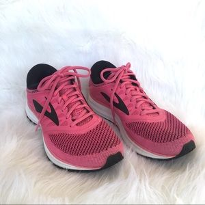 Brooks Revel Running Shoes , Size 10 Pink & Black